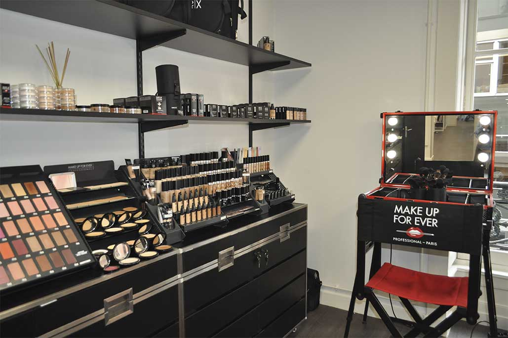 Vue de la boutique Peyrefitte Make-up à Lyon
