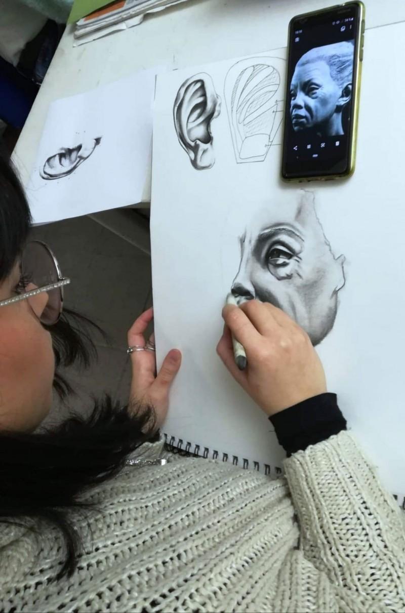 Cours de dessin classe effets spéciaux Peyrefitte Make-Up.